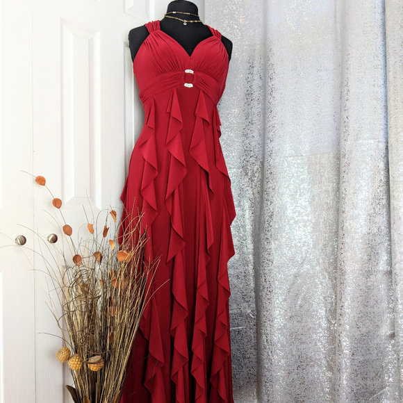 eaadca875c9 Betsy   Adam Dresses   Skirts - Betsy   Adam Red Gown Dress Formal ...